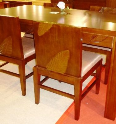 戀戀風情餐桌椅組