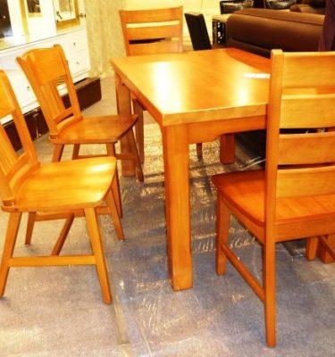 33021 T080k餐桌